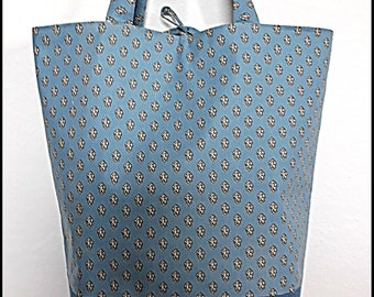 Blue Sky print tote bag