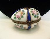 Delightful Limoges France Peint Main Porcelain Trinket Mini Jewelry Box Egg Shape Hand Painted Flowers Ribbon