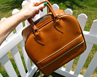 Vintage Bowling Bag | Medium Brown Bowling Bag with Gold Metallic Trim | EXCELLENT Overall | Colonial Bowling Bag