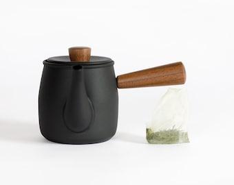 Japanese 'Kyusu' teapot with tea & Furoshiki set