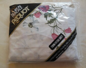 Floral Twin Size Fitted Sheet, By Pequot, New Old Stock