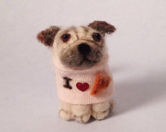 Pug figurine, wearing I heart pizza shirt