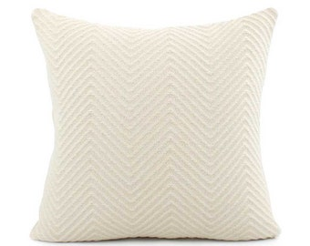 Cream Knit Pillow Cover, Choose Your Size 18x18, 20x20, 22x22, Cream Pillow, Throw Pillow, Accent Pillow, Toss Pillow, Cushion, Infinity
