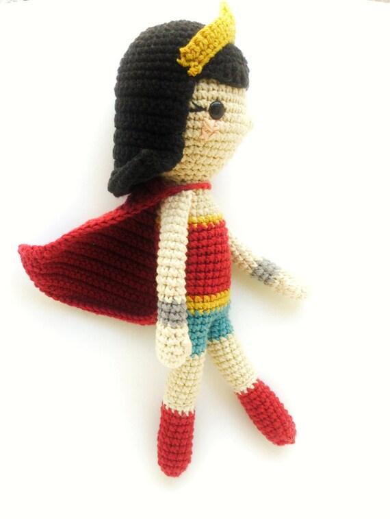 CROCHET PATTERN Wonder Woman Doll // Doll Crochet Pattern ... | 757x570