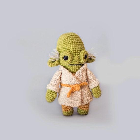 Amigurumi maestro Yoda free pattern schemi gratis amigurumi ... | 570x570