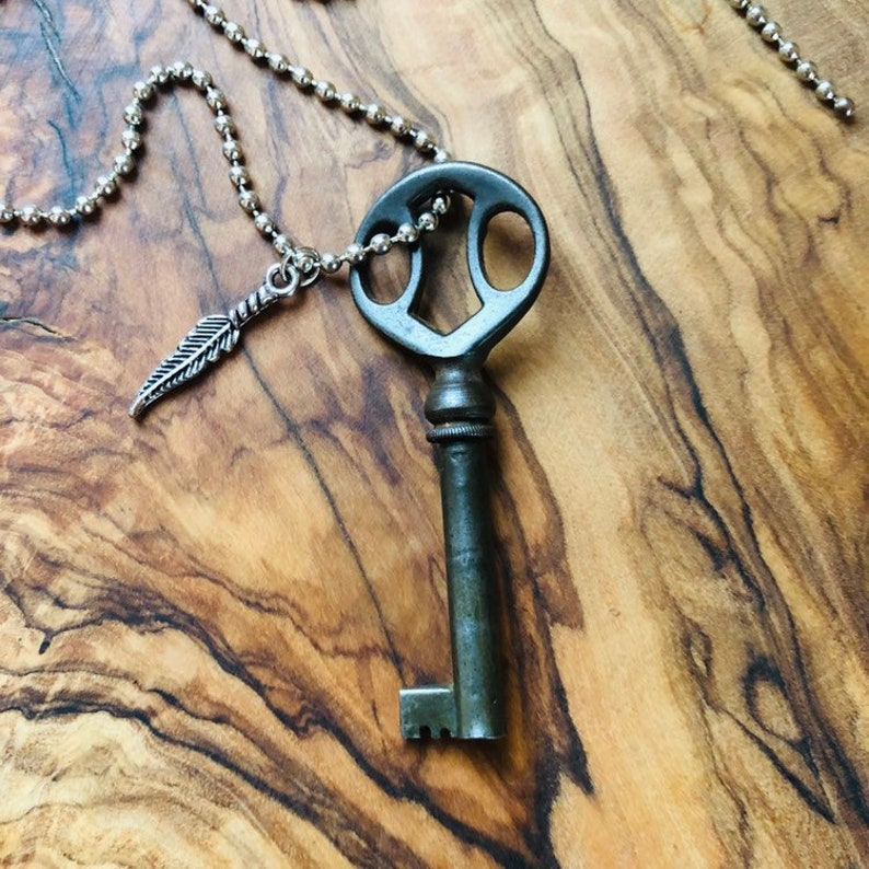 f8b02016d101b Skeleton Key Necklace - Antique Key Necklace - Mens Key Necklace - Rustic  Key - Steampunk - Vintage Skeleton Key - Bronze Key - Key Charm