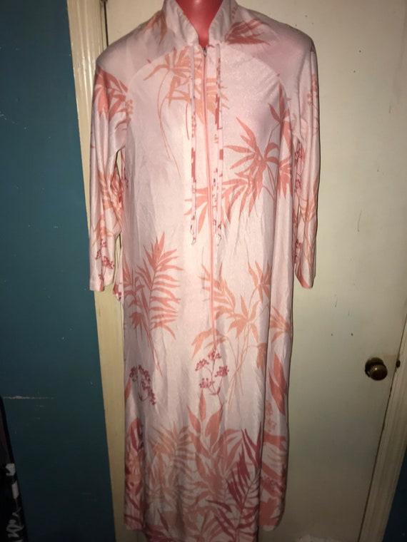 Vintage Peignoir Set. Bright Peach Robe and Nightg