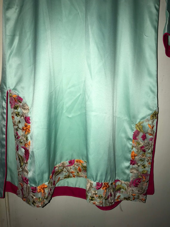 Gorgeous 1960s Vintage Mint Green Nightgown. Asia… - image 4