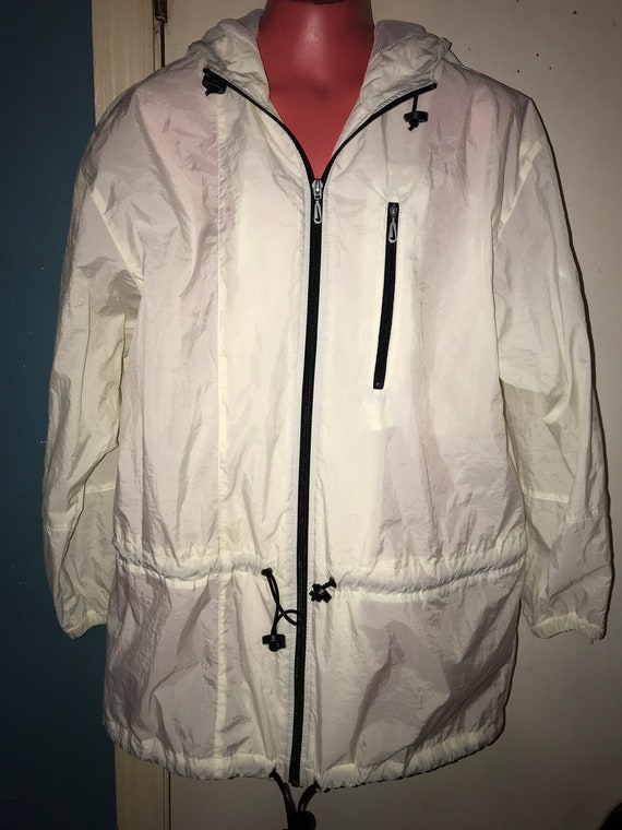 Vintage White Nike Windbreaker Jacket. Women's Nik