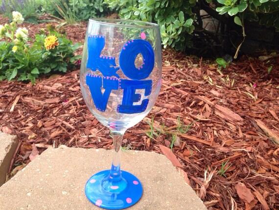 Louisiana State Love Painted Wineglass