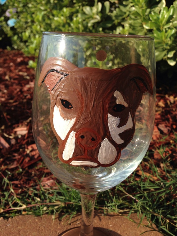 Custom painted pet wineglass, bull dog, pit bull, bulky breeds, animal lover gift