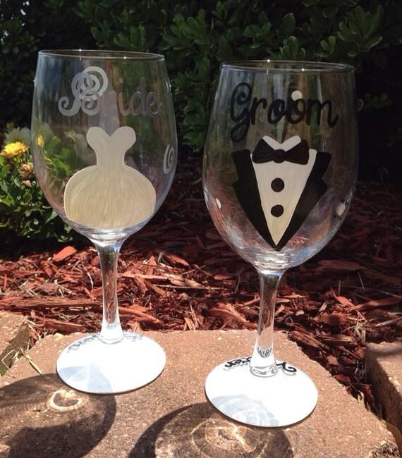 Bride and Groom Wedding wine glass set