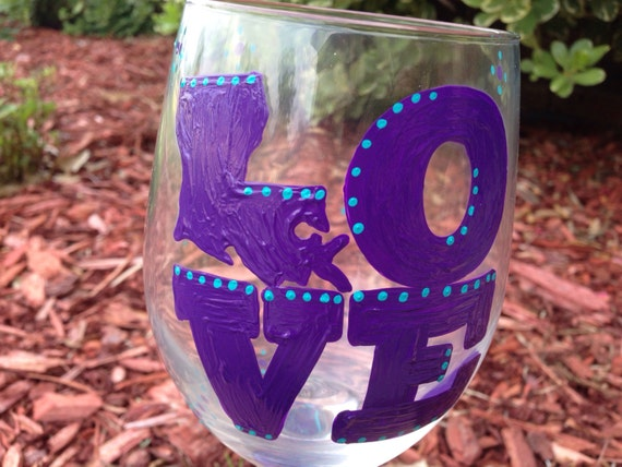 Louisiana Love Wine glass, Love Wine glass, Louisiana Wine Glass, Purple Wine glass