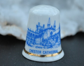 1e027c1c2e5da Vintage china thimble - Chester Cathedral - Souvenir