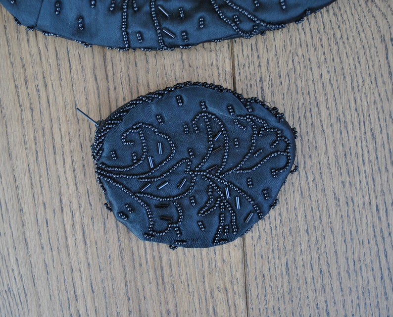 Vintage beaded black satin purse Party
