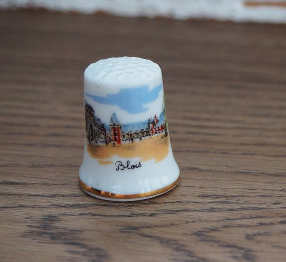 Country France Souvenir Thimble