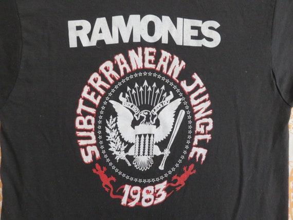 Vintage RAMONES 1983 Tour T SHIRT original tee