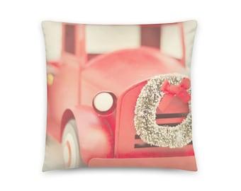 Red Truck Pillow Cover, Christmas Truck Pillow, Farmhouse Christmas Pillow, Christmas Red Truck Pillow Cover, Christmas Red Truck Wreath