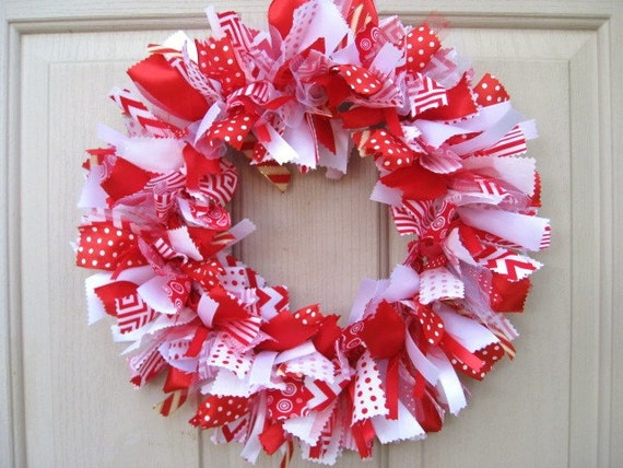 Christmas Wreath Red White Christmas Wreaths Christmas Etsy