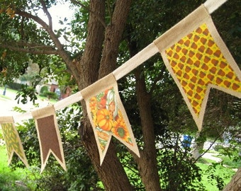 Fall Pennant Banner, Fall Burlap Banners, Burlap Garlands, Fall Burlap Buntings, Burlap Flags, Autumn Banner, Autumn Party Decor, Photo Prop