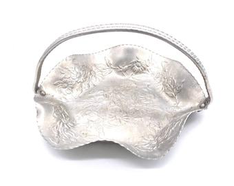 Hand Engraved Shrimp Motif Vintage Hand Forged Wrought Aluminum Large 13 Salad Serving Bowl\u00a0Scalloped Ruffled Rim