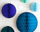 paper party decor ... 3 honeycomb lantern ... candy table buffet tablescape // weddings // birthday party // baby shower // nursery