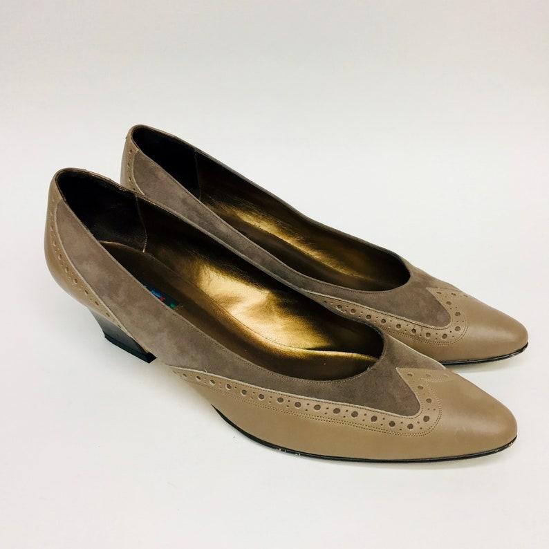 2b9a4d2faf389 Vintage Wingtip VAN ELI Heels, Tan Heels, Brown Heels, 90s Shoes, Size 9N,  Narrow Heels