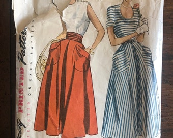 1940's Women's Blouse, Skirt and Cummerbund Vintage Sewing Pattern Simplicity 2909 Bust 30 RF0174