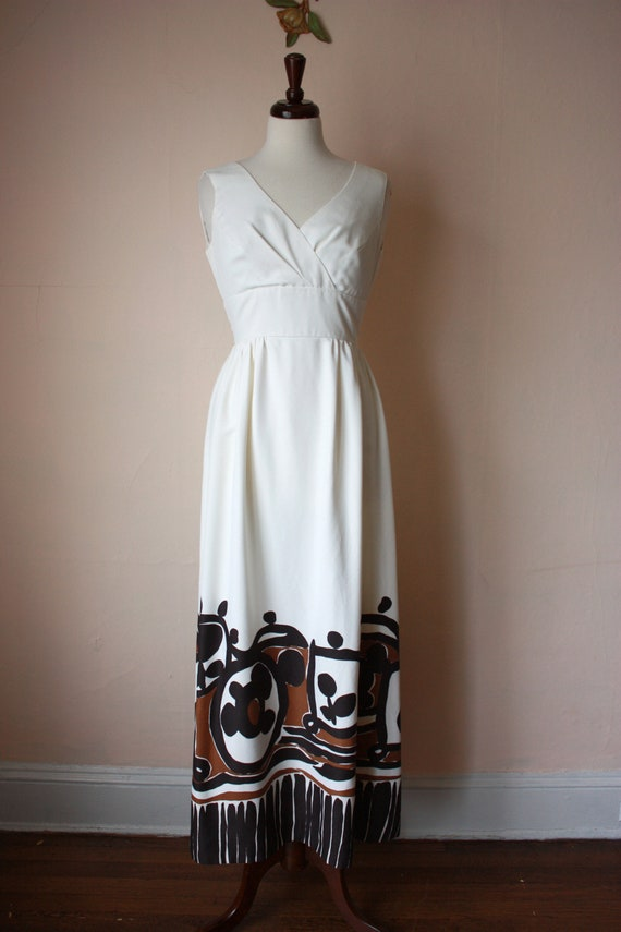 60s 70s Malia Hawaiian Maxi Dress White Brown Tik… - image 2