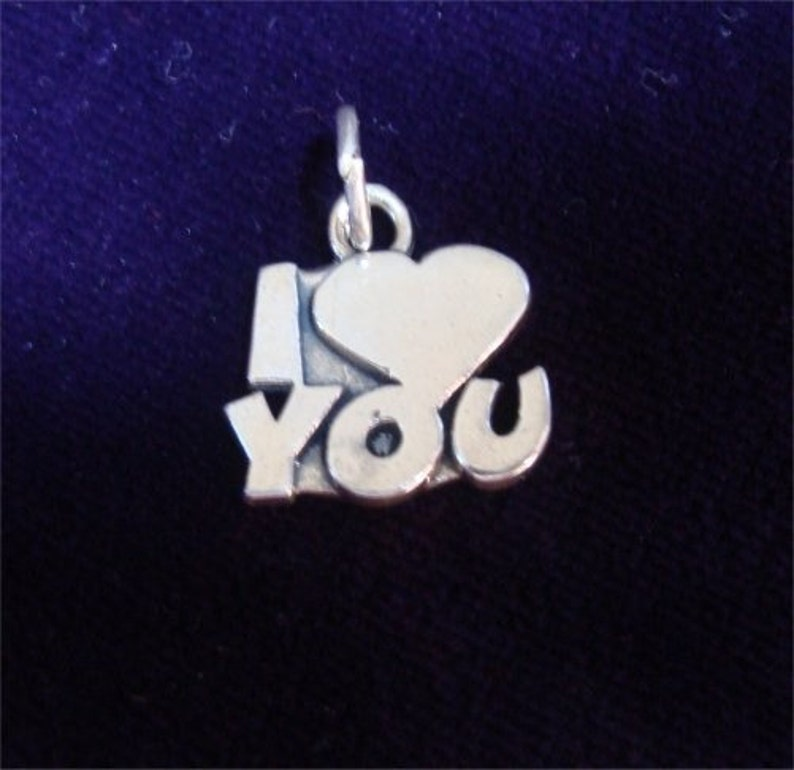 np lo Valentine I Heart LOVE You Charm in STERLING Silver