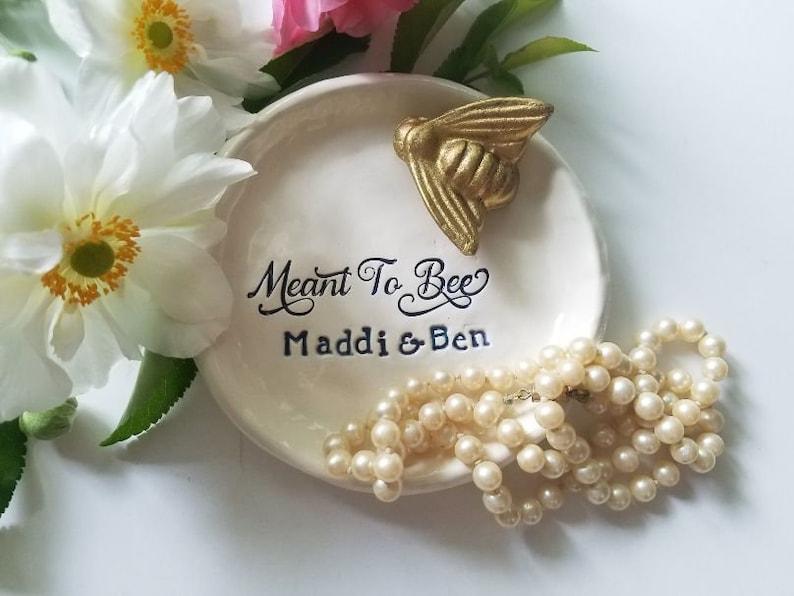 Bee Trinket Dish Personalized Jewelry Storage Wedding Ring Elegant Couples Dish Ceramic with Gold Ceramic Bee Housewarming Gift Anniversary