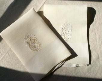 A Pair of Art Deco Style Antique French Linen Napkins - Wedding Trousseau - Old French Linen - Table Linens