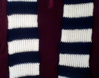 Hand knit stripe sport scarf white and navy blue inspired by Penn State  Nittany Lions or NY Yankees or U of Connecticut Husky colors 2bf2e8ecccd4