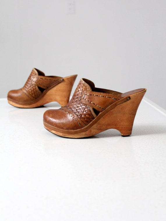 70s leather mules, vintage platform clogs size 9