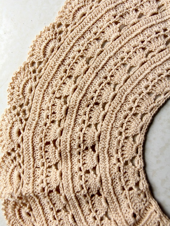antique lace collar, hand crotchet - image 7