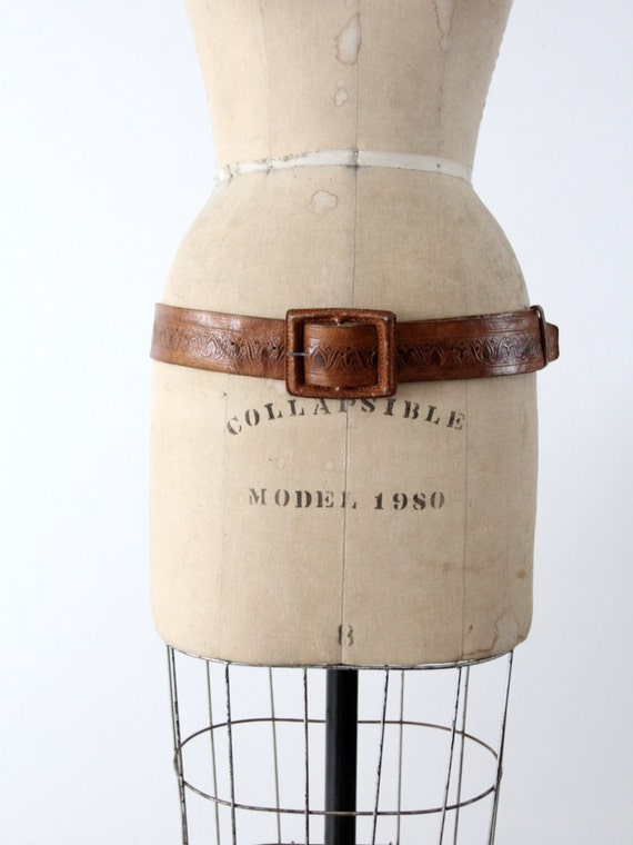 vintage leather belt, tooled brown belt with leat… - image 3