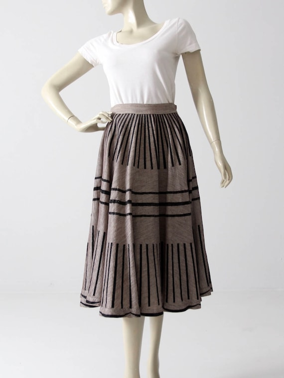 vintage 50s circle skirt, gray skirt with black fl