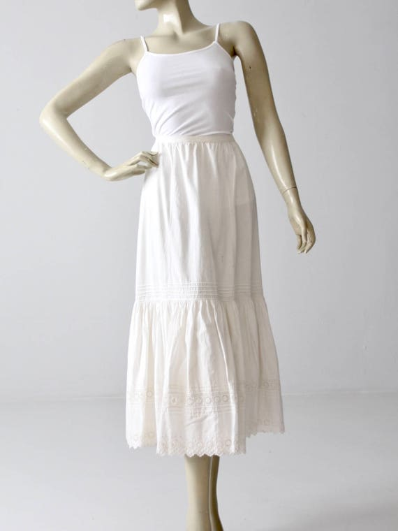 Victorian petticoat, antique white skirt, eyelet u