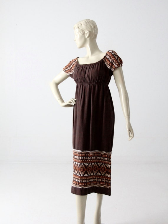 vintage 70s embroidered peasant dress