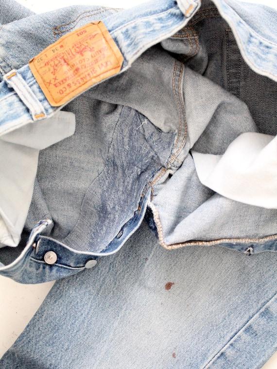 vintage 501 Levi's denim jeans, distressed Levis … - image 7