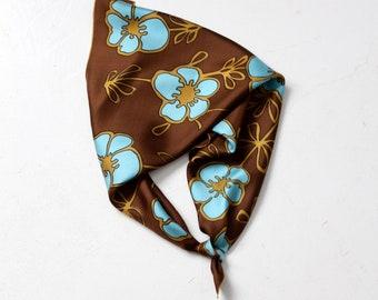 1970s floral silk scarf 29 x 29
