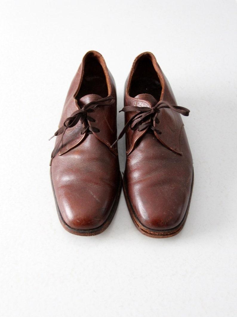 e68c3ca4aa12d vintage menswear oxfords, The Florsheim Shoe, brown leather blucher shoes  size 7D (women 8.5)