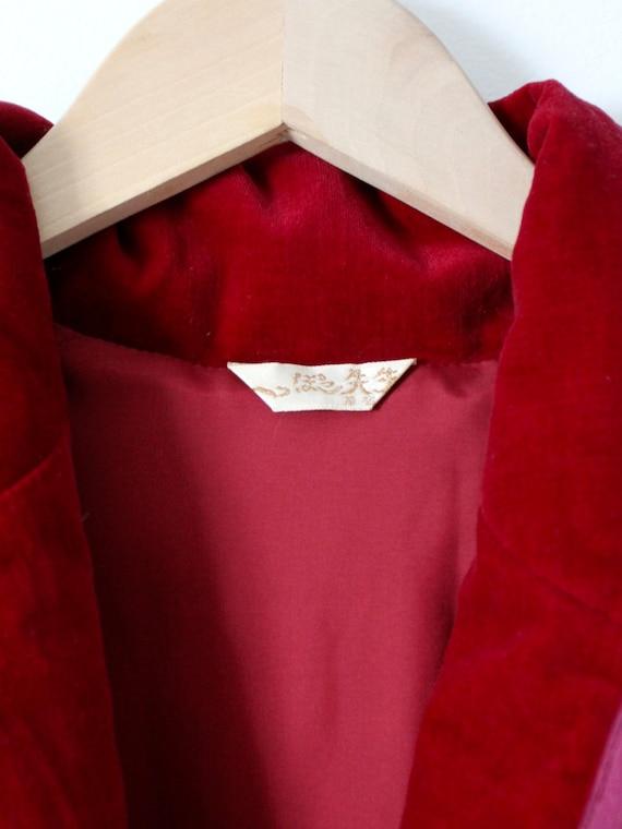 vintage velvet jacket with appliqué, red fitted b… - image 5