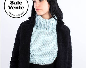 SALE  / The  Dickie vintage in Baby blue / Ready to ship