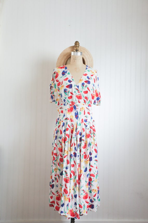 40s inspired bold floral dress - large