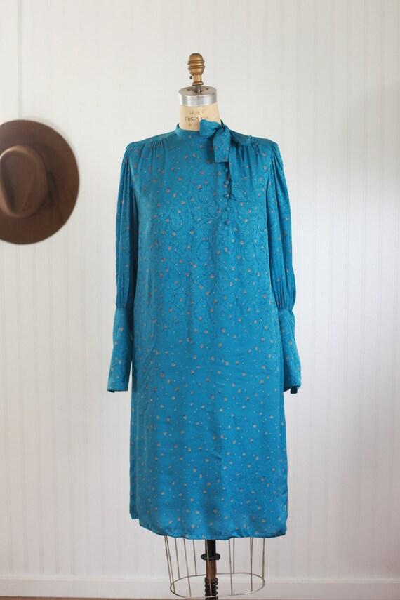 silk francesca of damon bishop sleeve dress - s - image 2