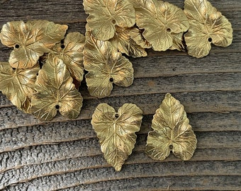12 medium brass rippled leaf charms #4