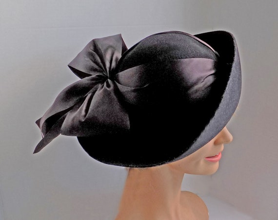 Rare 1930s black slouch hat with wide ribbon and … - image 2