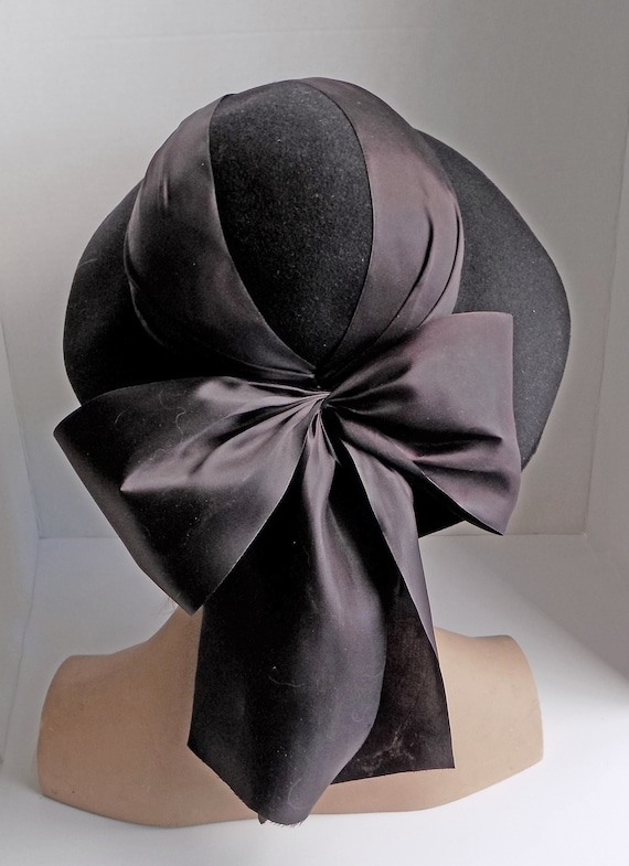 Rare 1930s black slouch hat with wide ribbon and … - image 4