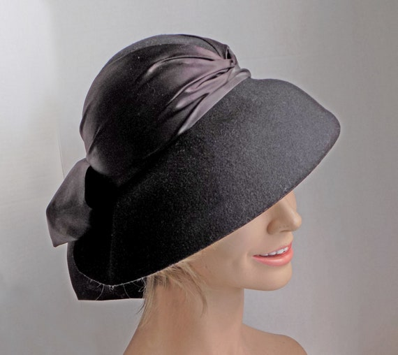 Rare 1930s black slouch hat with wide ribbon and … - image 5